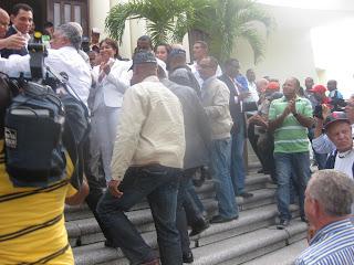 Miguel y Anibal se juntan y encabezan encuentro de dirigentes en San Cristóbal