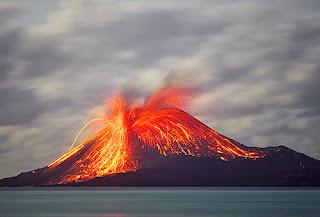 Las mayores erupciones volcánicas de la historia Volc%C3%A1n+Krakatoa