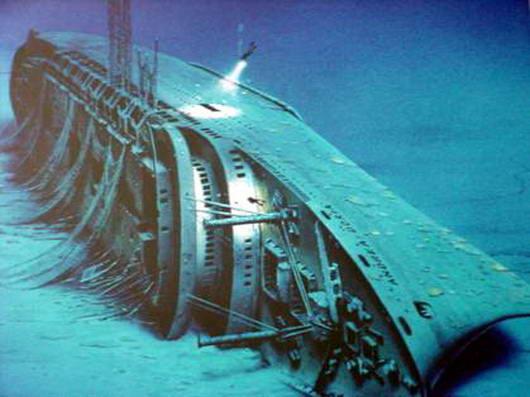 Gambar Kapal Laut Yang Tenggelam