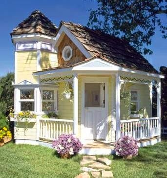 Its A Very Cherry World VINTAGE STYLE TINY HOUSE