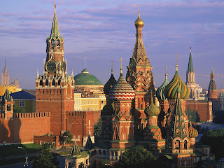 St. Basil's Cathedral and Kremlin, Moscow, Russia Wallpapers