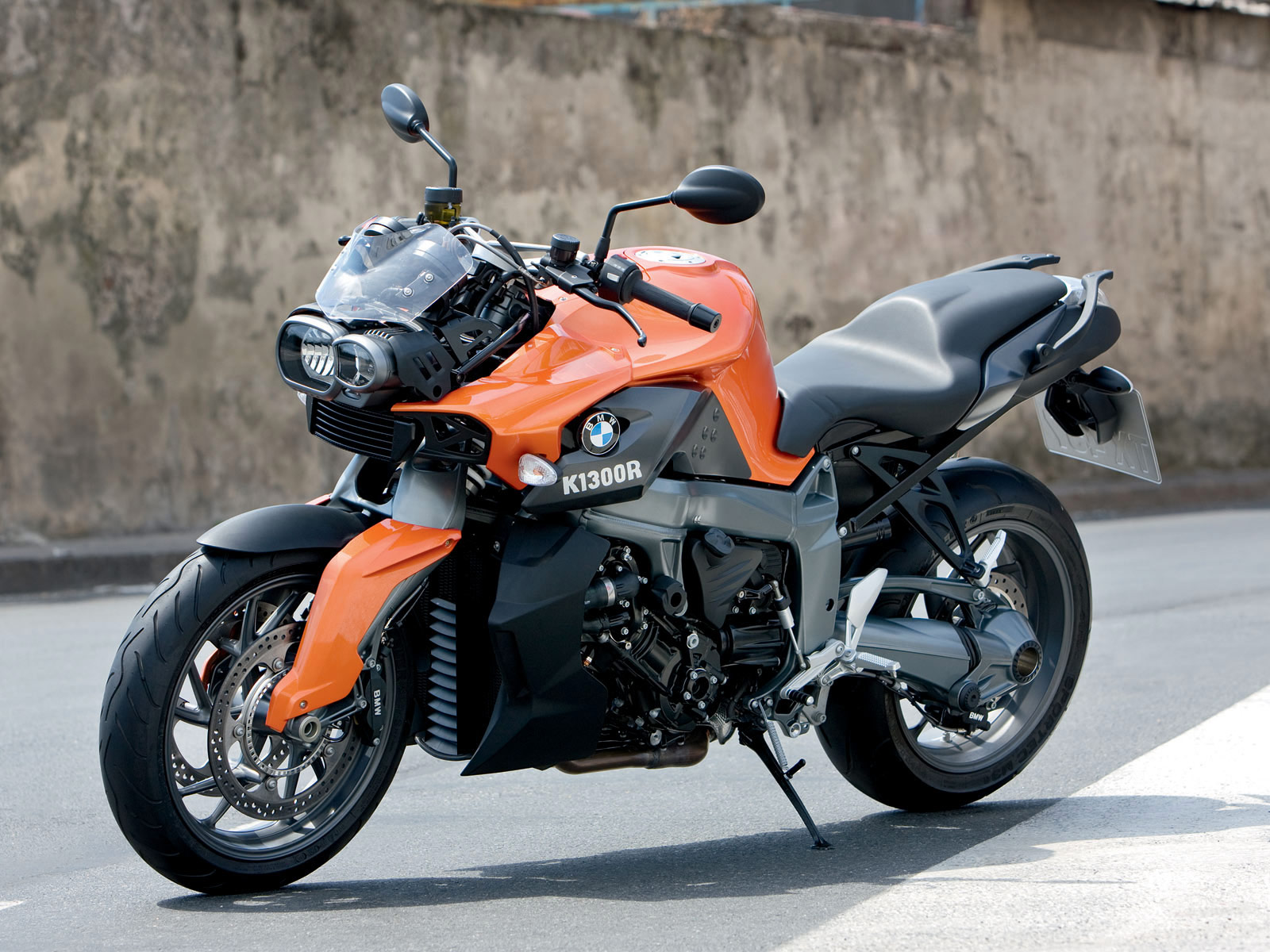 Bmw K1300r Hd Wallpapers High Definition Free Background