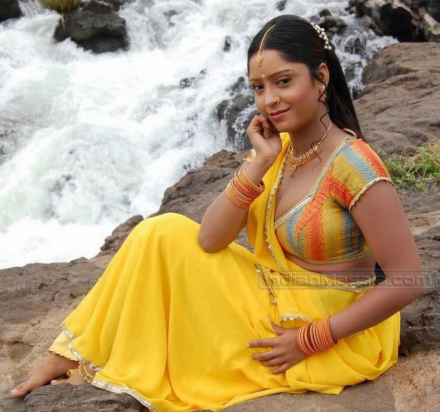 Bhojpuri News: Bhojpuri Actress Sweety Chabra wallpapers