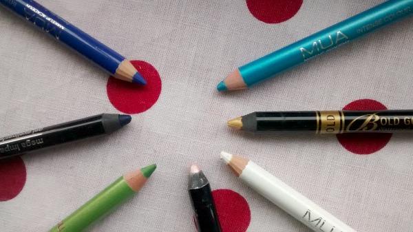 A Modern Twist on Eyeliner
