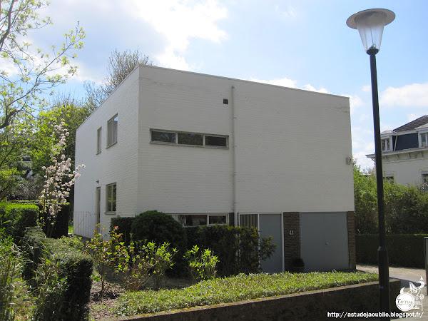 Bruxelles - Uccle - Maison personnelle de Jacques Wybauw  Architecte: Jacques Wybauw  Construction: 1960 - 1961