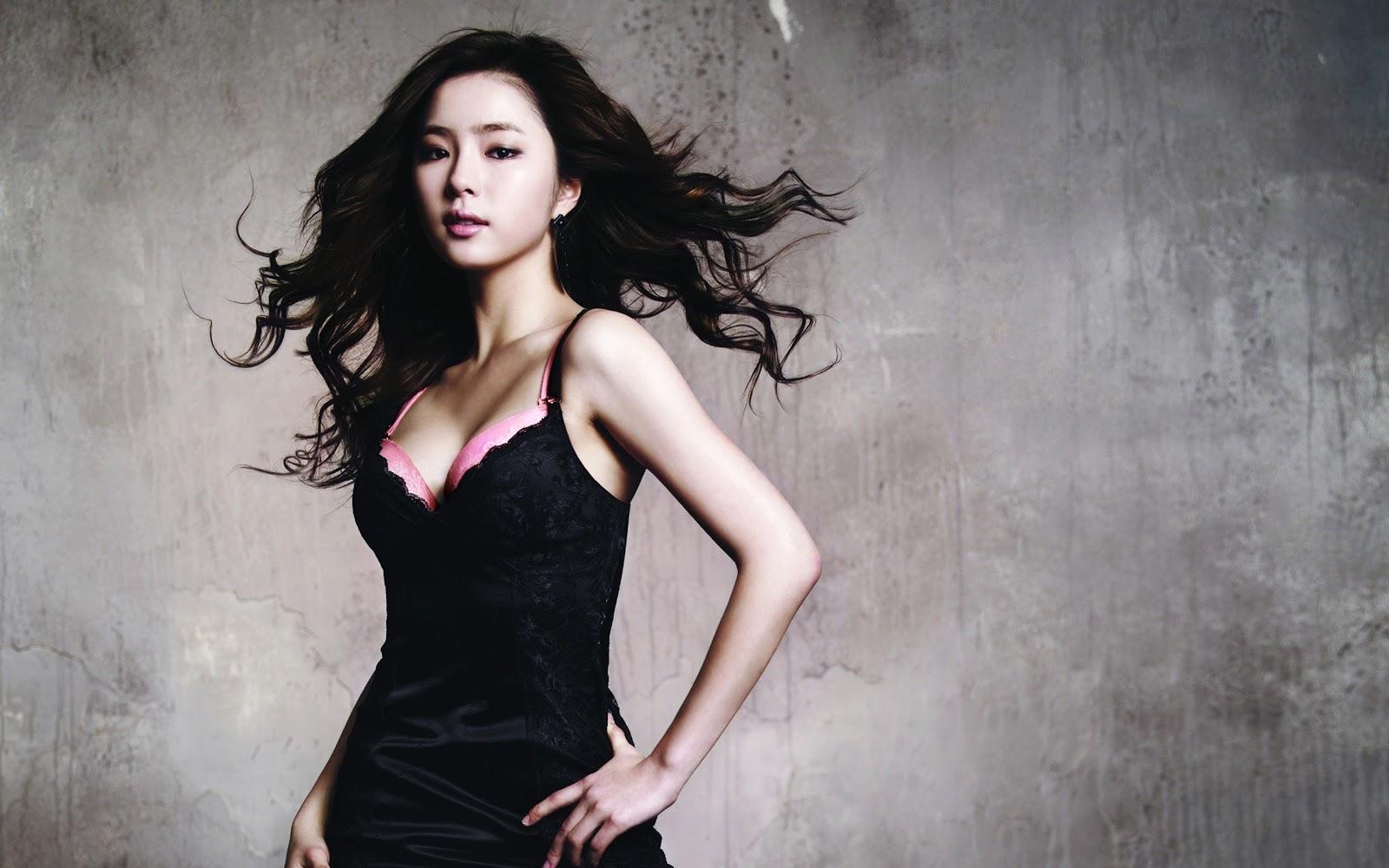 Shin Se Kyung Hot Wallpaper HD | Beautiful Song Lyrics