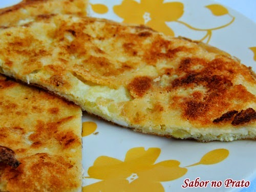 Receita simples de omelete de queijo