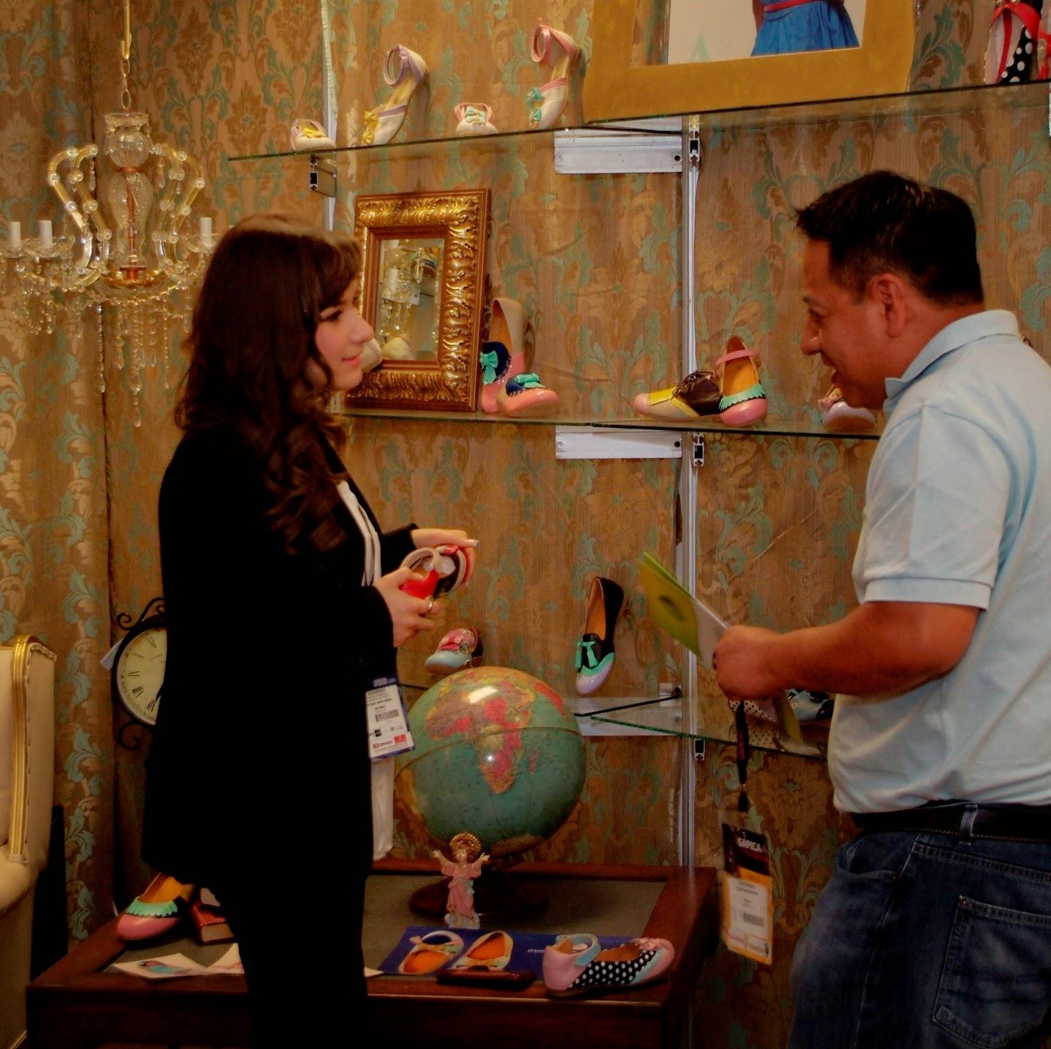 negocios en sapica, feria de calzado, diseño de calzado, zapatos dama, calzado dama, alta moda, escaparate, calzado mexicano.
