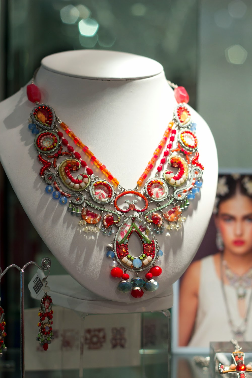 artemis-pop-up-jewellery-store-in-yorkville, hand-crafted-statement-necklace