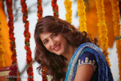 Shruti Haasan Stills from Balupu Movie-thumbnail-3