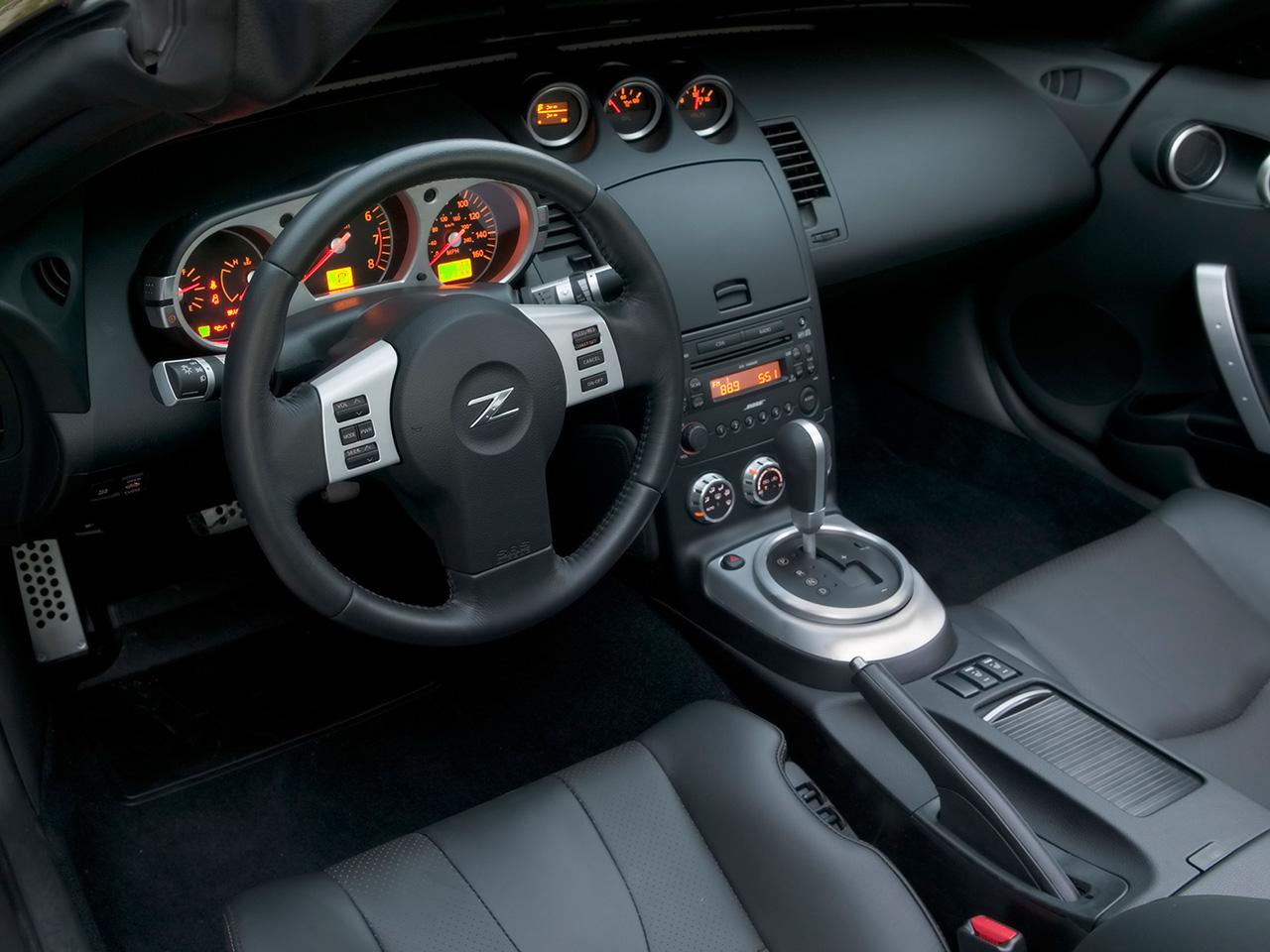 2007-Nissan-350Z-Dashboard-1280x960.jpg