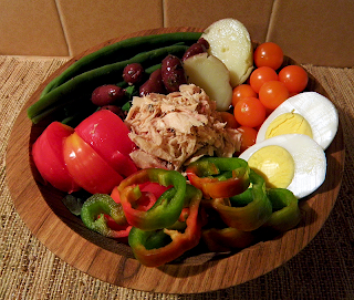 Bowl of Salade with Substituted Veggies