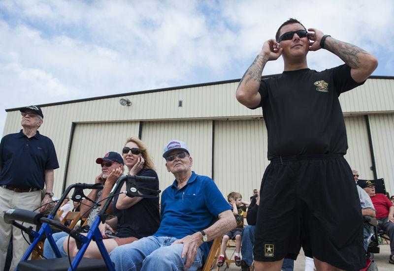 Veterans enjoy sneak peak of air show at Columbia Regional Airport
