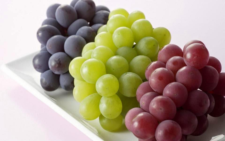 khasiat buah anggur bagi tubuh dan kesehatan, mengobati sembelit dengan buah anggur, menurunkan kolesterol jahan dengan buah anggur, tips mengatasi kelelahan
