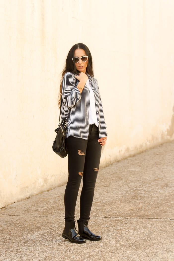 Blogger española withorwithoutshoes con botines Chelsea de charol