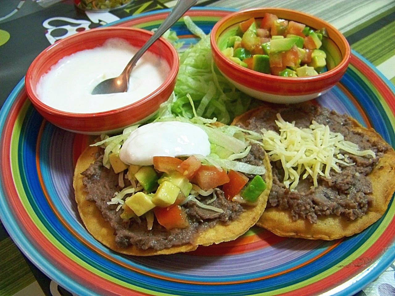 Mi Cocinita de Juguete: Tostadas Mexicanas con Frijoles ...