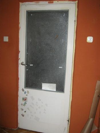Pomysł na stare drzwi z szybą