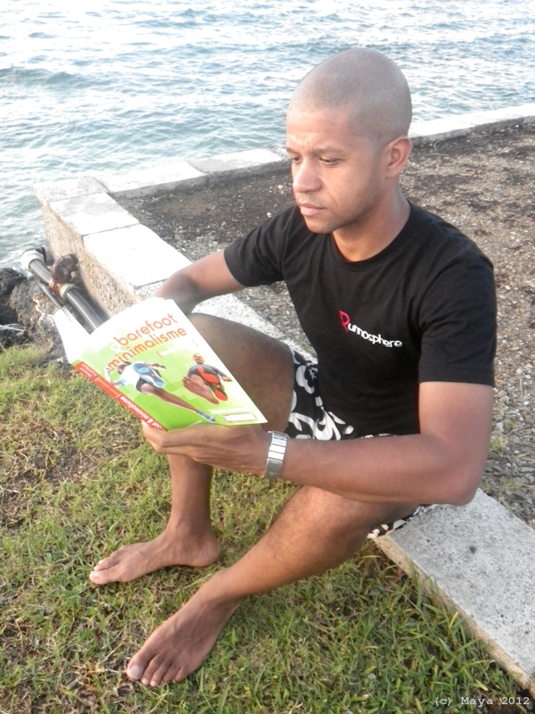 Livre barefoot minimalisme courir naturel maya le blog for Livre sur le minimalisme