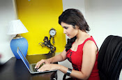 Rashi khanna sizzling photos from joru-thumbnail-2