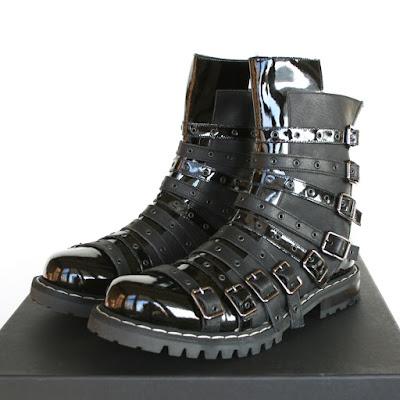 gareth pugh belted boots