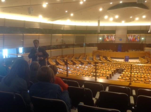 Blogtrotters comunit di bloggers per una scuola in for Sede parlamento italiano