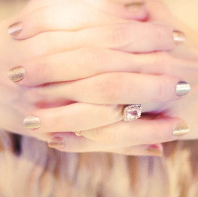 metallic colored nails