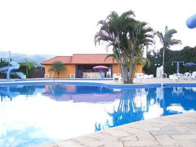 Termas-de-Gravatal-Brasil-Turismo-Internacional-Aguas-termales-termas-en-Brasil-Atractivos-turísticos-en-Brasil-Lugares-Sorprendentes-del-mundo-lugares-para-visitar-en-Brasil