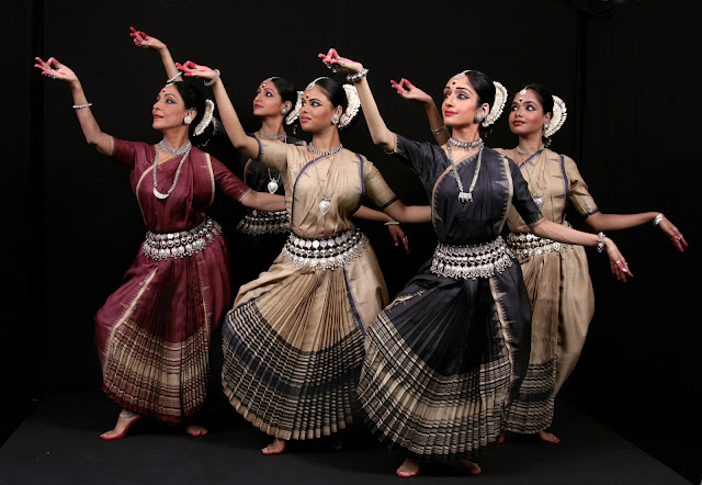 Odissi group performance