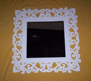 moldura em flor para foto ou espelho  60x60 R$ 110,00