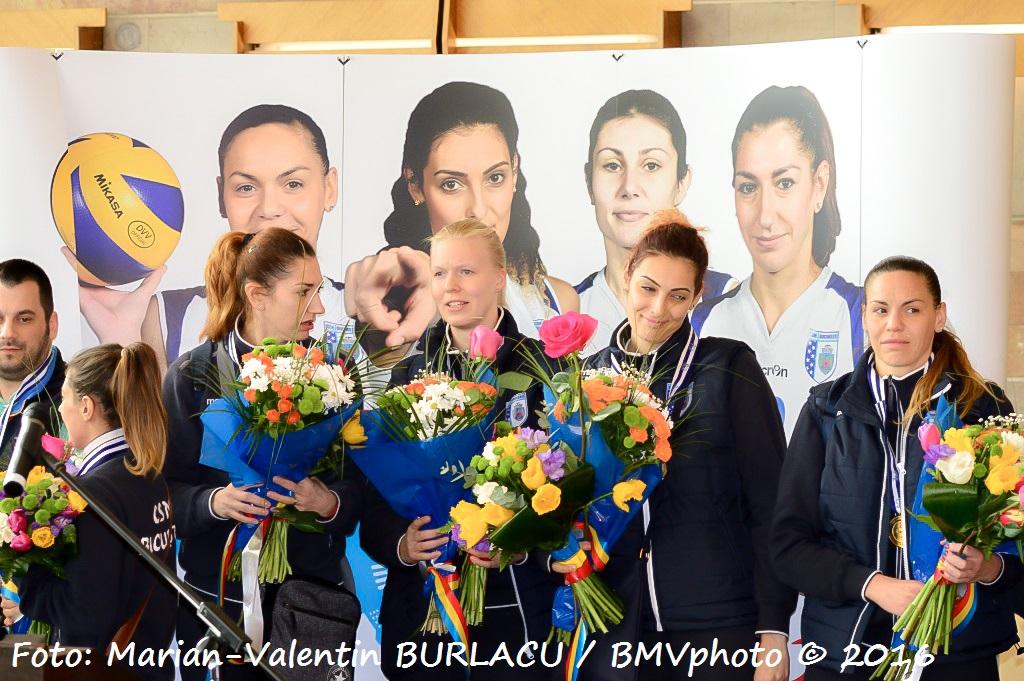 VOLEI / CHALLENGE CUP 2015/2016: CSM Bucuresti a adus acasa trofeul cucerit in Turcia (V)