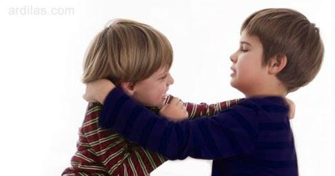 Mengajari Anak untuk Membalas - Kebiasaan Buruk Orang Tua