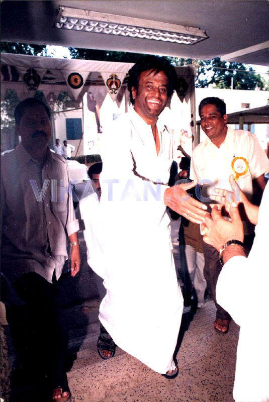 Super Star Rajinikanth's Rare Unseen Pictures 35