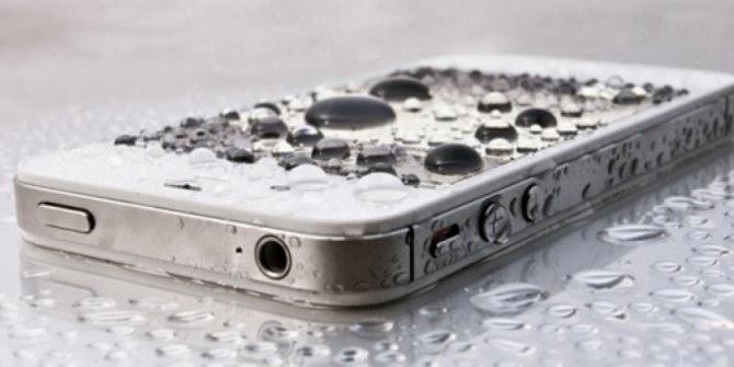 8 Tips bila Ponsel Anda Tercebur Air