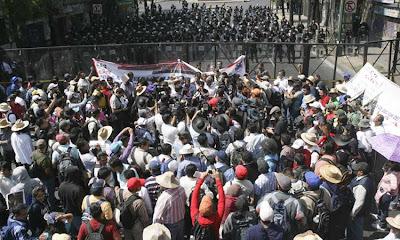 Marcha de la CNTE a segob