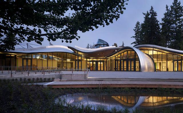 01-VanDusen-Botanical-Garden-visitantes-Centre-por-Perkins-Will