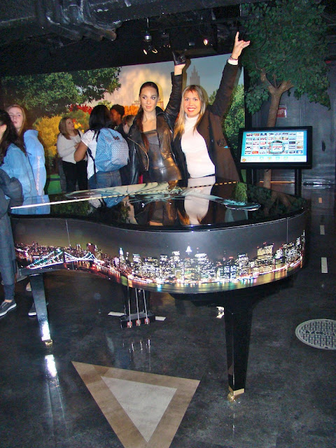 MADAME TUSSAUDS - ALICIA KEYS