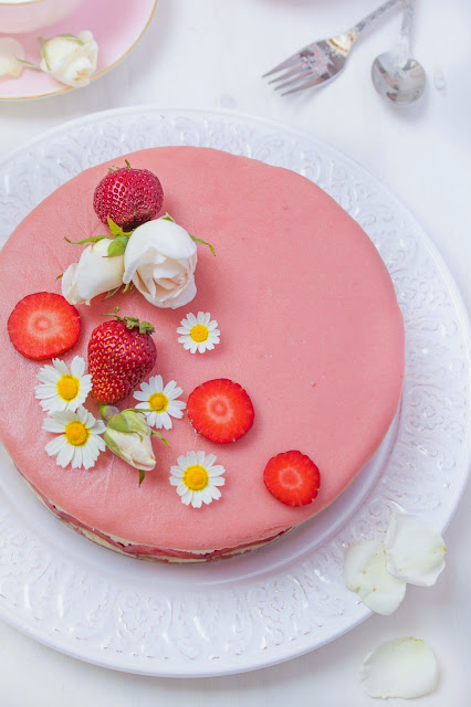 pastel-fresas-mazapán