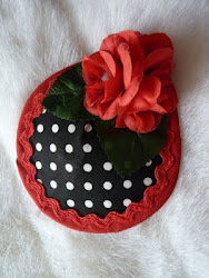 black polka dot fascinator