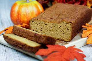 almond-flour-pumpkin-bread