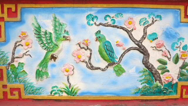 ByHaafner, wall picture, temple, birds and flowers