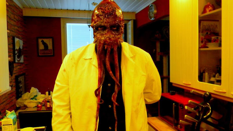 Dr. Zoidberg horror version mask/make-up/costume: Ari Savonen.