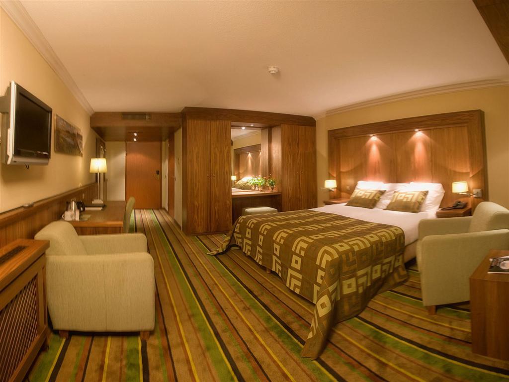 Azee Luxury Adult Rooms Ideas