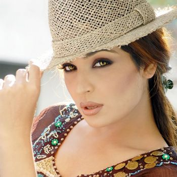 Meera To Have Wedlock With Captain Naveed On July 21