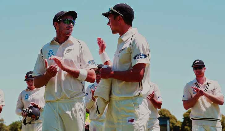New Zealand beats Sri Lanka by 8 wickets in 1st test