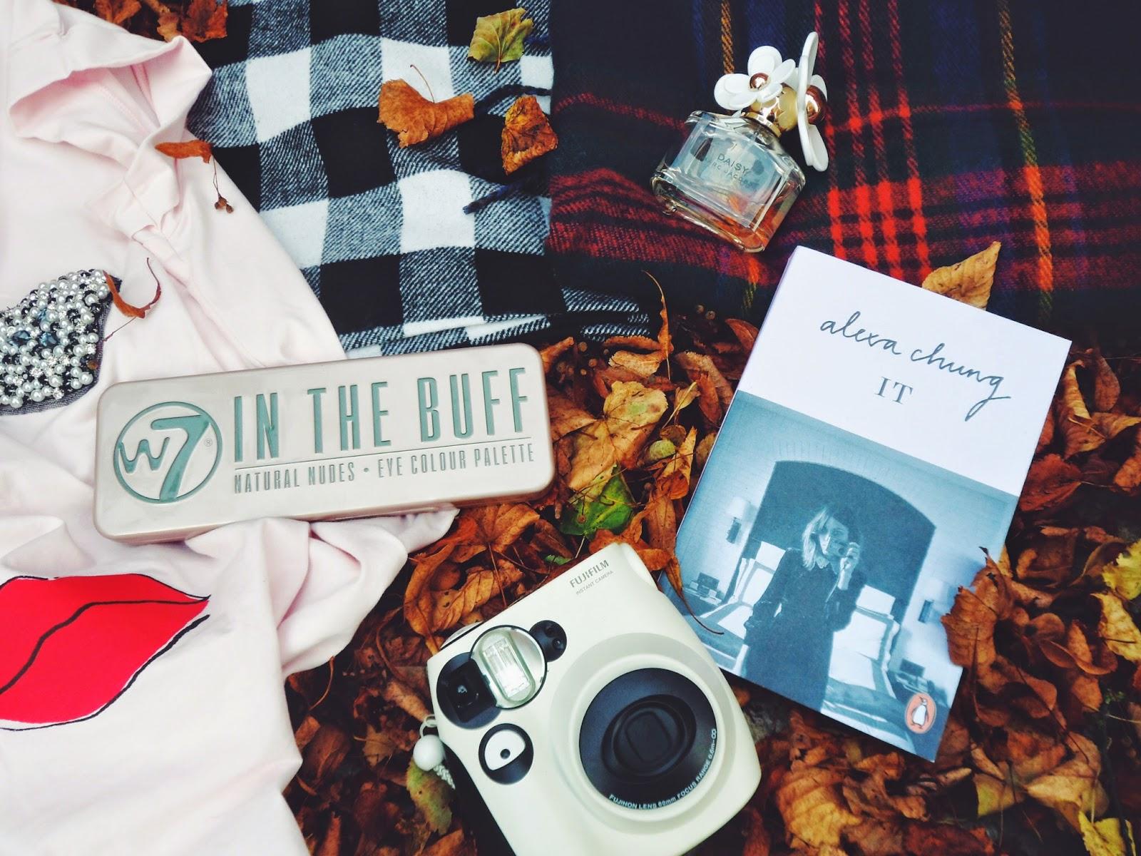 autumn, autumnfavourites, fashion, fbloggers, fashionbloggers, lotd, lookoftheday, ootd, outfitoftheday, whatibought, whatimwearing, riverisland, alexachung, w7inthebuff, polaroidcamera, matalan, daisy, marcjacobsdaisy, tartan, primark