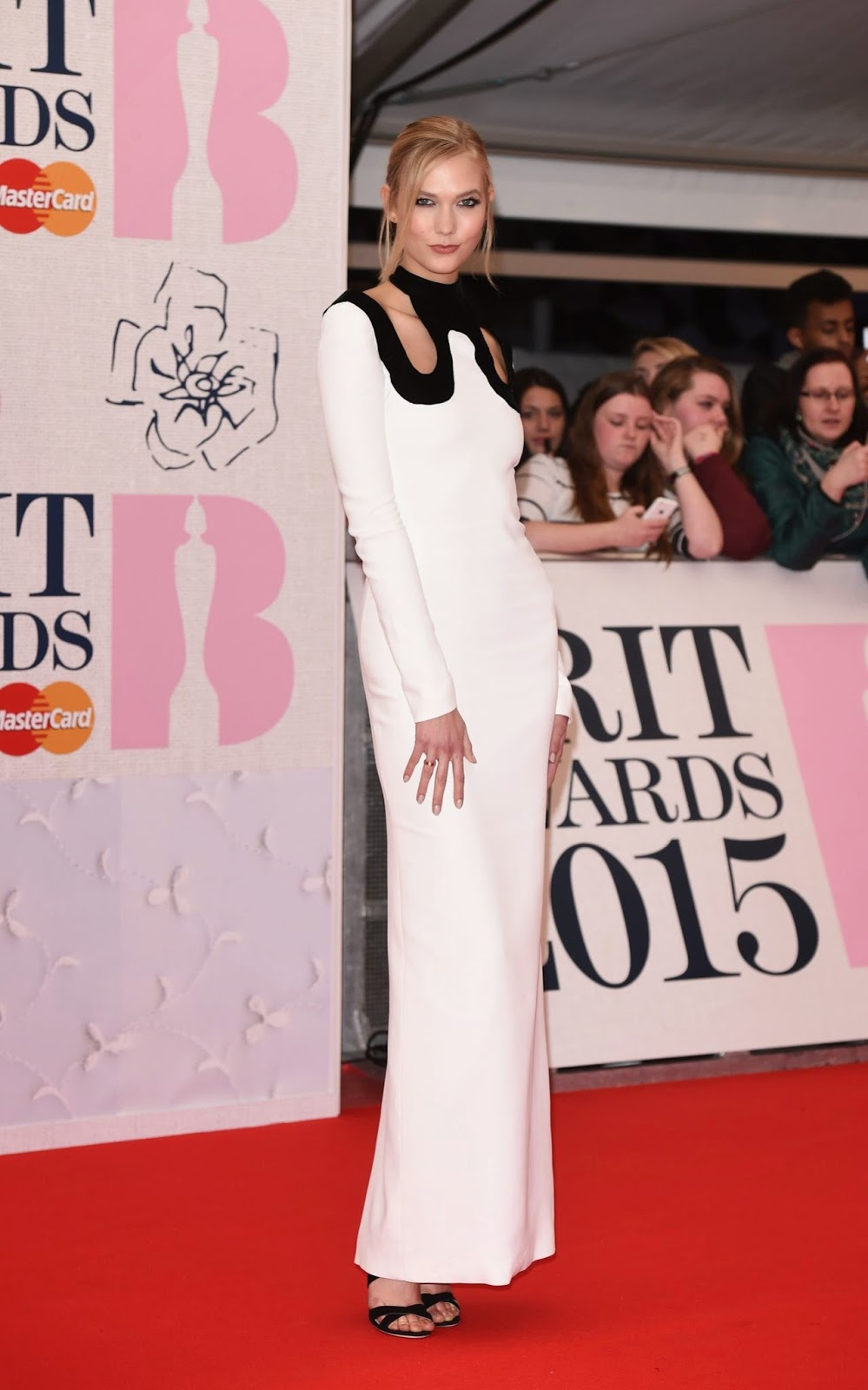 Karlie Kloss – 2015 BRIT Awards in London