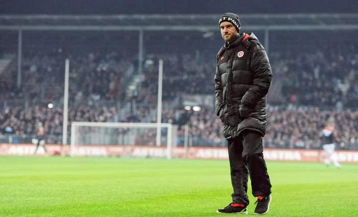 St. Pauli goleia Energie Cottbus e sobe na tabela da segundona alemã