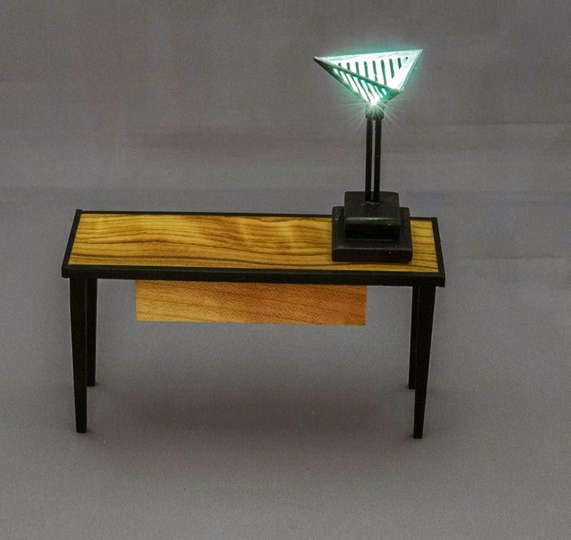 Good sam showcase of miniatures dealer peter tucker for Dressing table lamp lighting