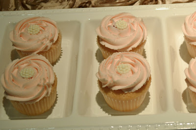 Sweet Cakes by Rebecca - Rosette swirled champagne cupcakes