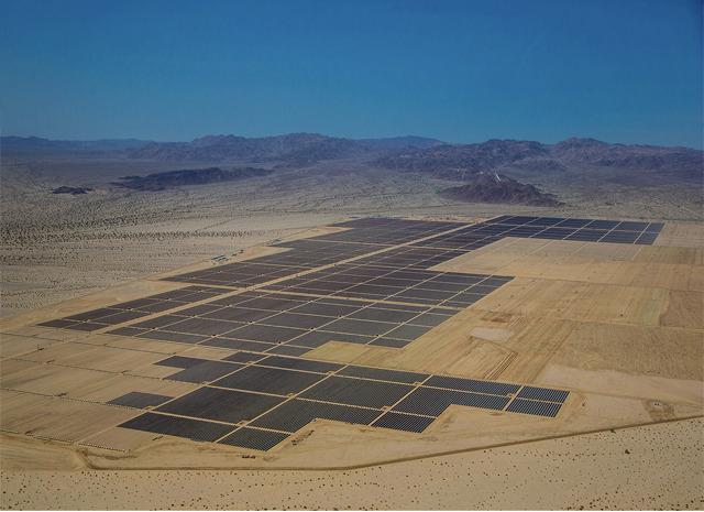 """أضخم مشاريع الطاقة الشمسية العالم ظ…ط´ط§ط±ظٹط¹-ط§ظ""""ط·ط§ظ'ط©-ط§ظ""""ط´ظ…ط³ظٹط©-1.jpg"""